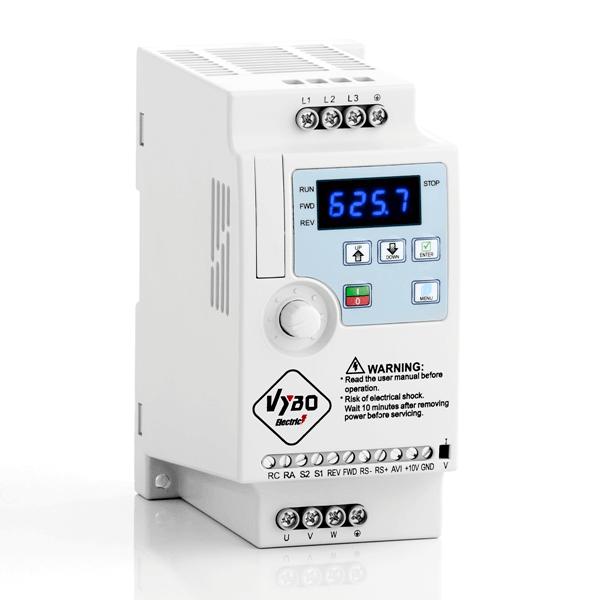 frekvenční měnič 1,5kw A550